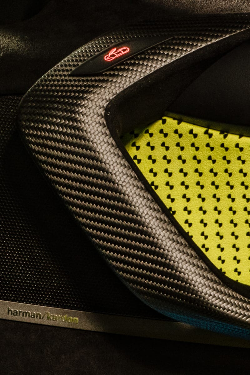 BMW i8 Roadster LimeLight Edition (7) -