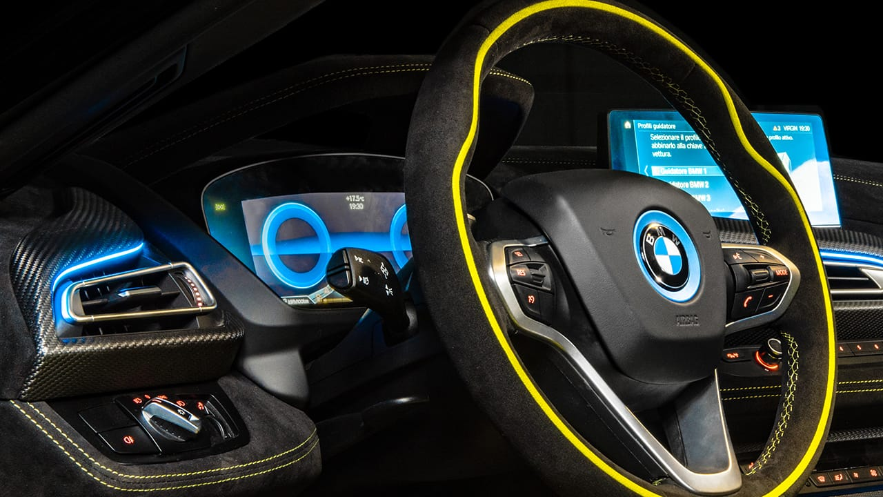 bmw-i8-roadster-limelight-edition-con-particolari-ancantara-8 -