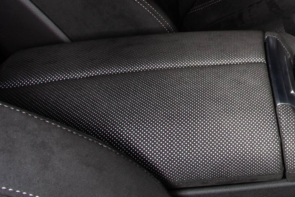 BMW X5 (4) -